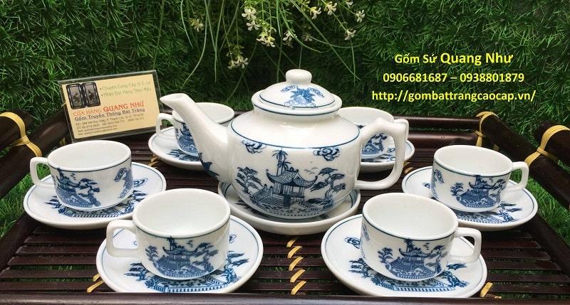 Bộ ấm chén Bát Tràng màu tráng vẽ tay đang bán rất chạy tại cửa hàng Quang Như